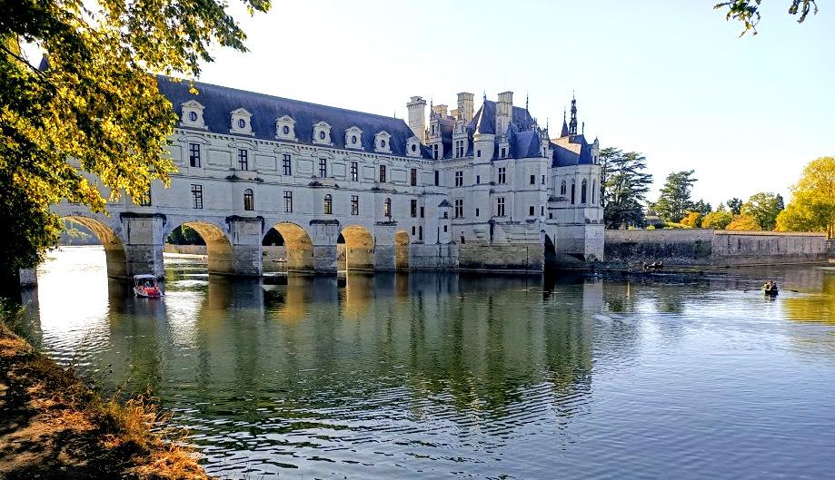 Château de Chenonceau façade est, rive gauche du Cher. Photo © FC