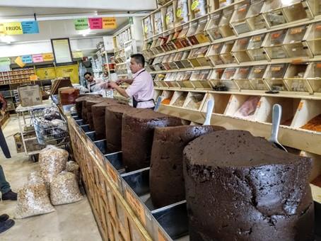 San Pedro Atocpan (délégation de Milpa Alta) est aussi connue pour être la capitale du mole, sorte de sauces allant du rouge foncé au brun servies sur de la viande. Elles se déclinent en plusieurs saveurs. Photo © François Collombet