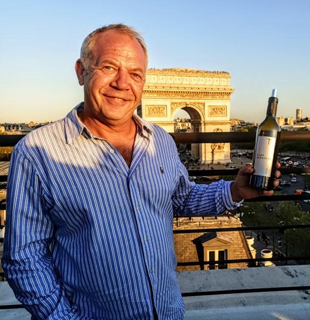 Stéphane Derenoncourt est l'œnologue du Clos Stegasta du domaine T-Oinos. Photo © FC