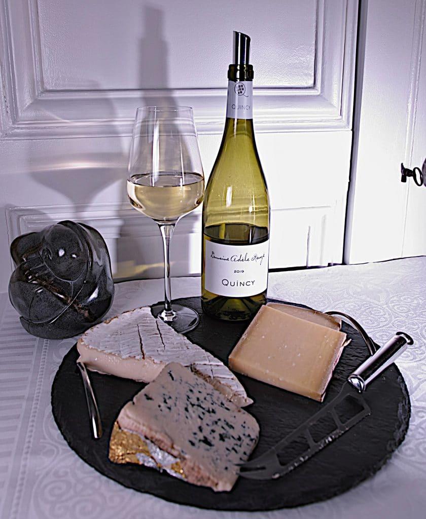 La cuvée 2019 Quincy, du Domaine Azèle Rouzé, un accord parfait avec des fromages au lait cru. Photo © Pierre d'Ornano/Aeternus.fr