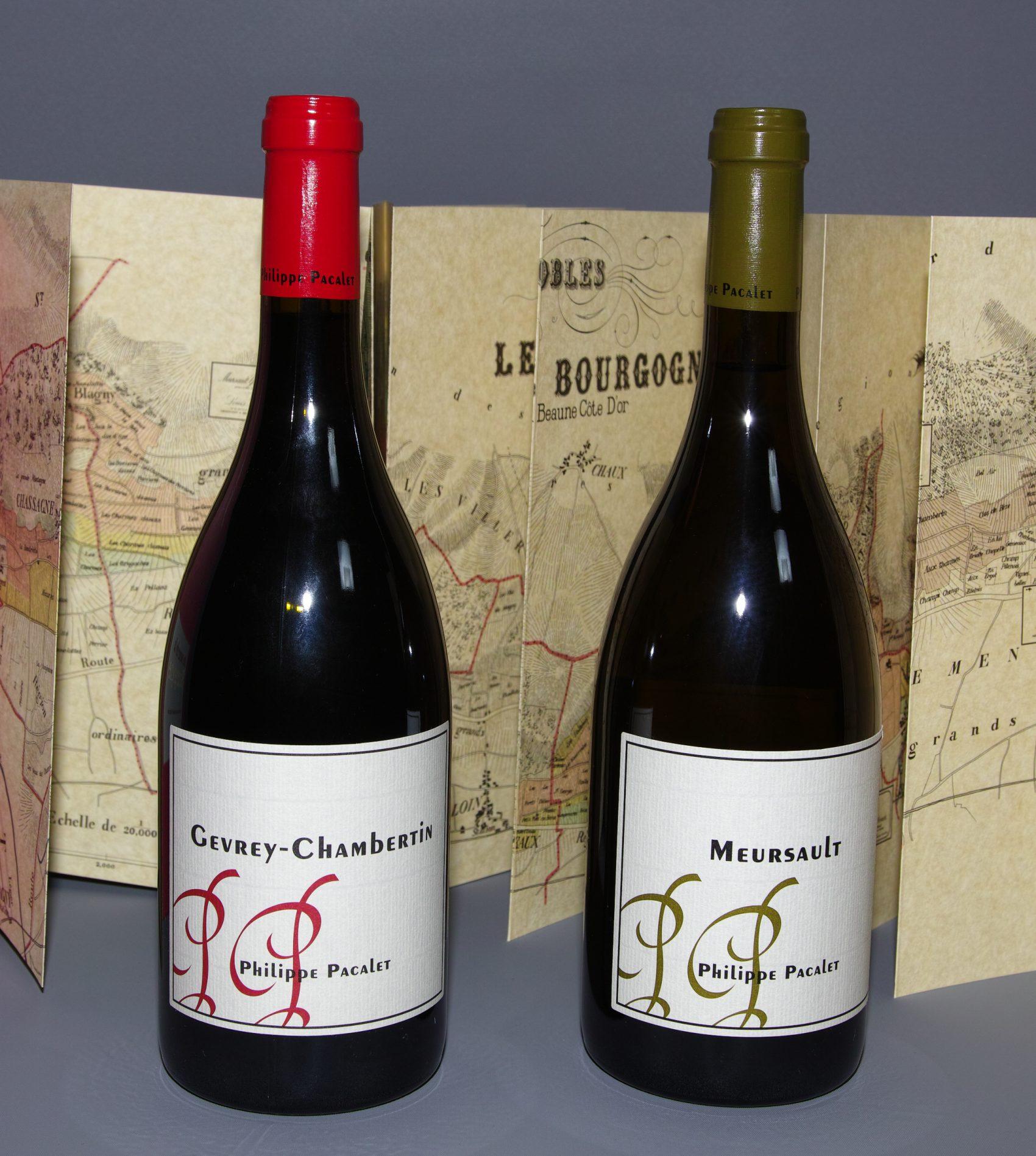 Les Gevrey-Chambertin (pinot noir) 2017 et Meursault (chardonnay) 2018 de Philippe Pacalet, vigneron à Beaune. Photo © Pierre d'Ornano/Aeternus.fr