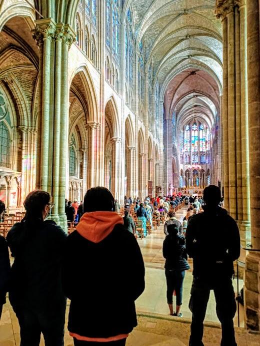 Nef de la cathédrale-basilique de Saint-Denis
